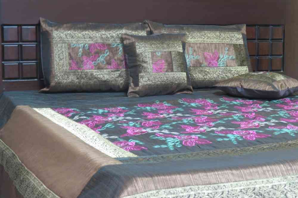 Beautiful Embroidered Brown 5 Piece Silk Bedspread Set