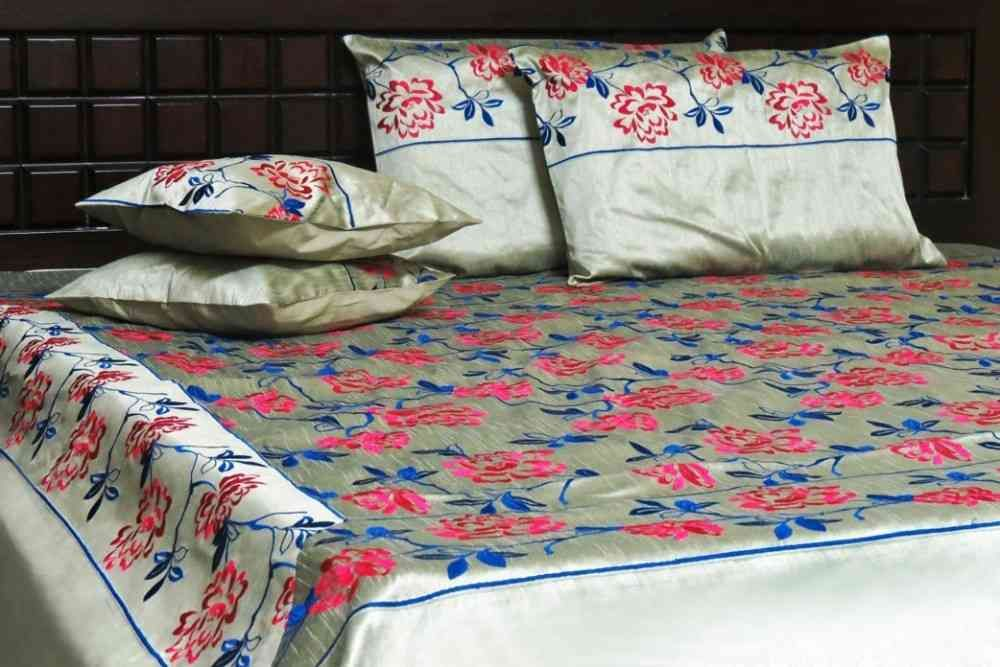 Beautiful Embroidered Green 5 Piece Silk Bedcover Set