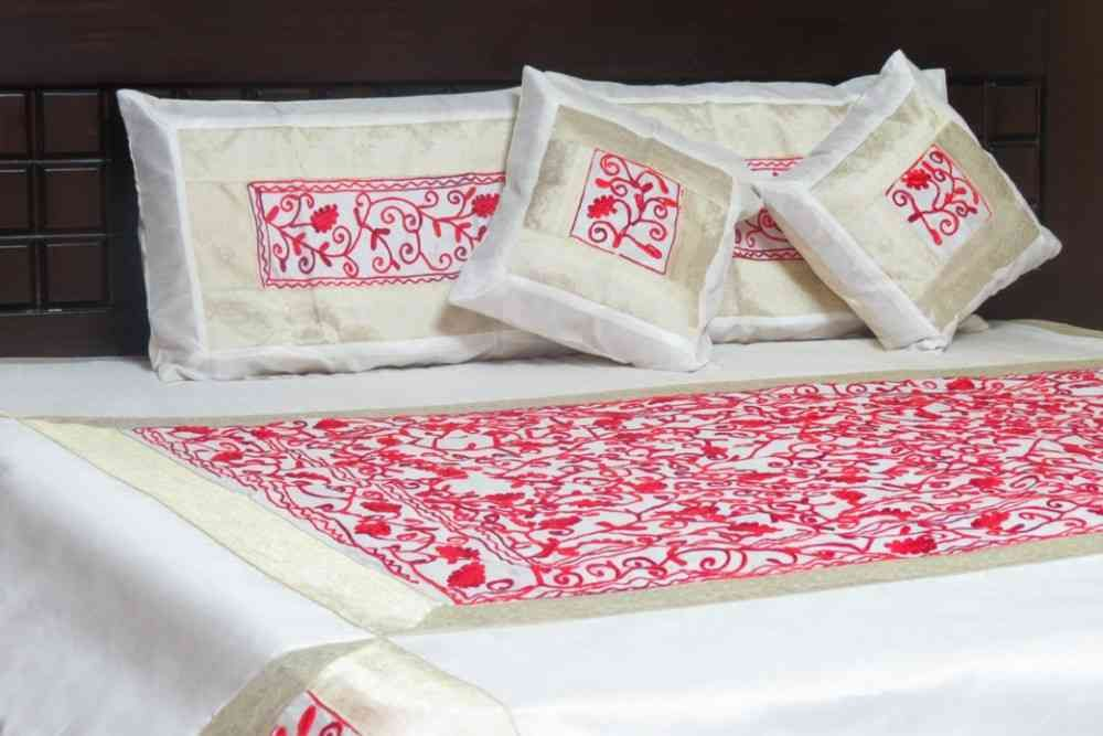 Beautiful Embroidered White & Red 5 Piece Silk Bedspread