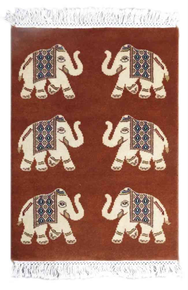 Elephant Design Wall Carpet