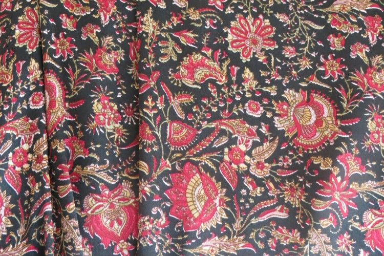 Black And Red Polyester Satin Fabric