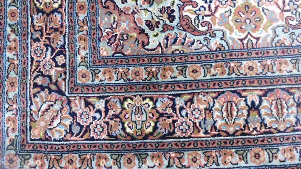 Kashmir Pure Silk Cream Handmade Rugs From India