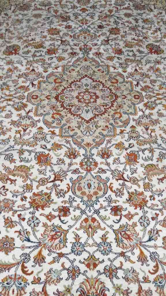 Kashmir Pure Silk Cream Persian Silk Rug