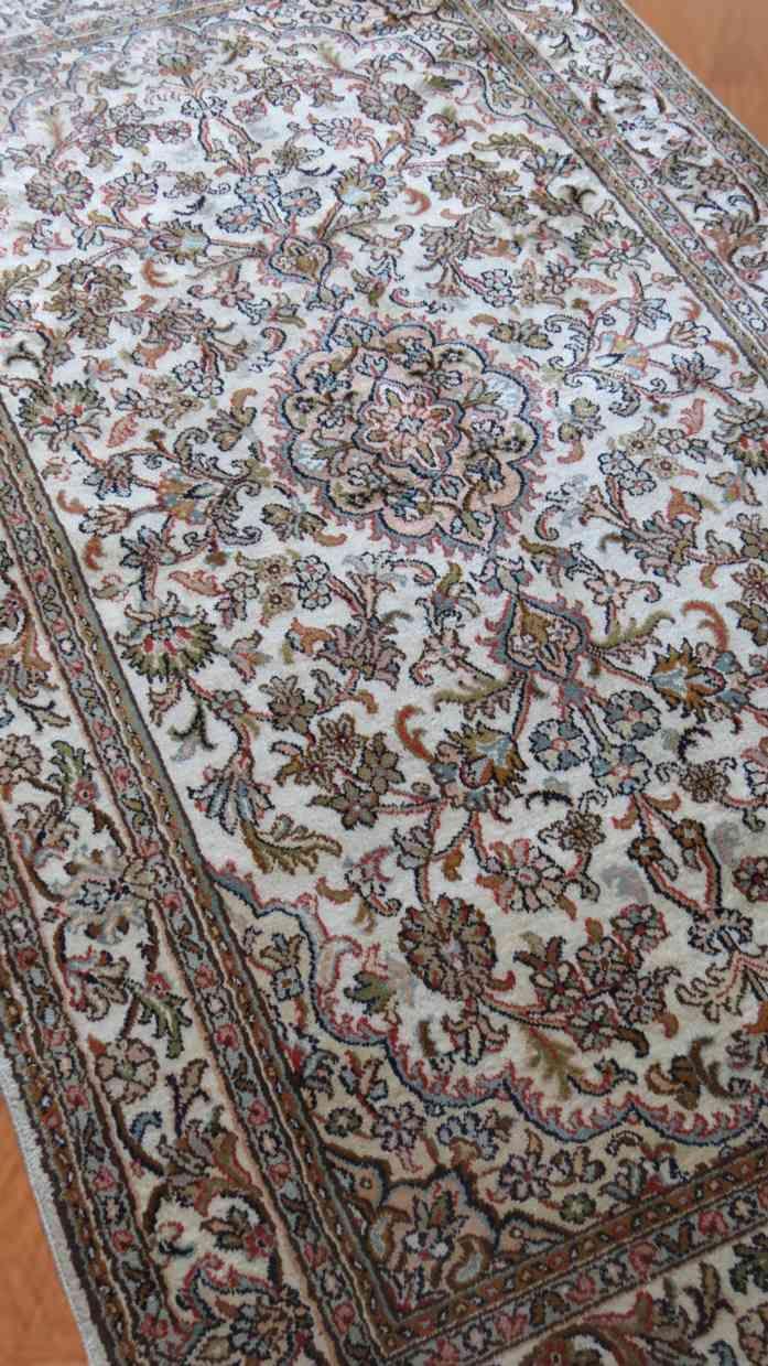 Natural Cream Handmade Silk Rugs