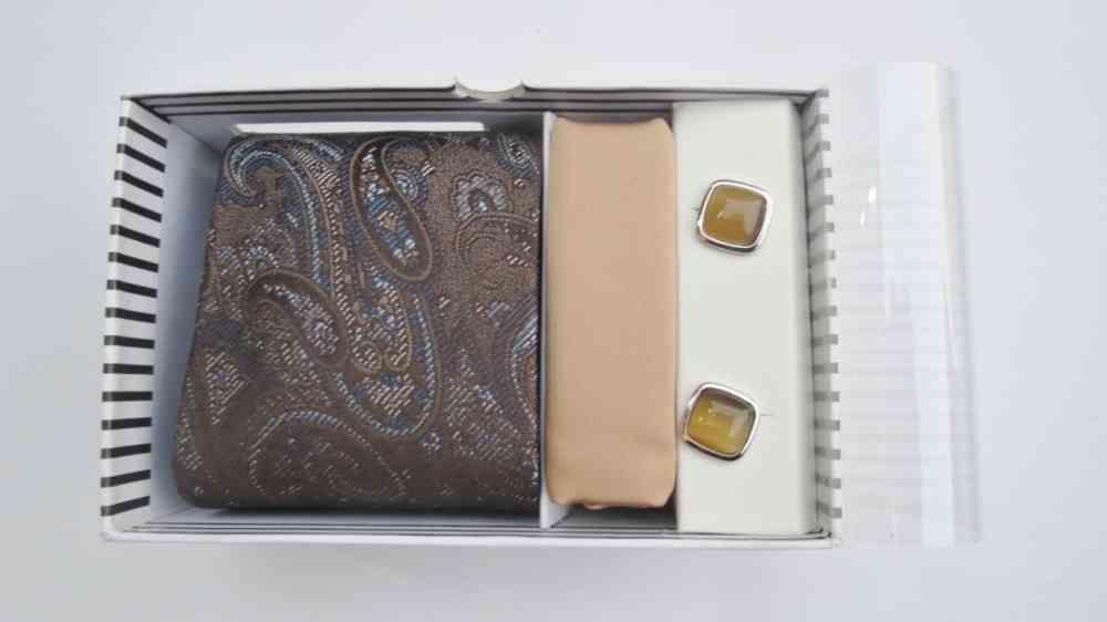 Paisley Design Brown Tie & Cufflinks Set