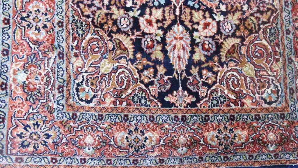 Persian Design Indian Silk Rug
