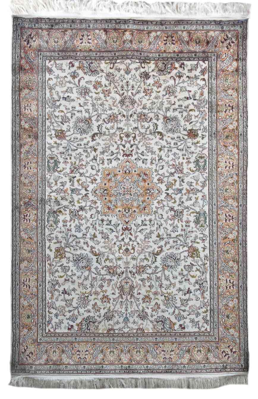 Pure Silk Cream Handmade Rugs From India