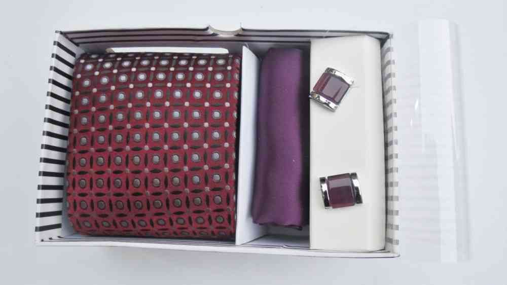 Tie, Cufflinks & Pocket Square Purple Set