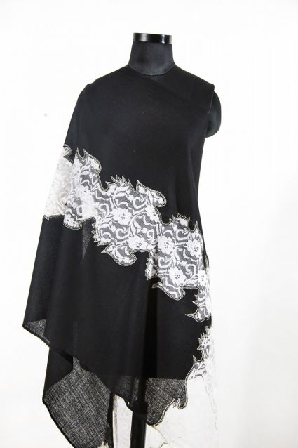 BEAUTY BLACK WHITE CASHMERE SCARF WOMEN MADE IN INDIA