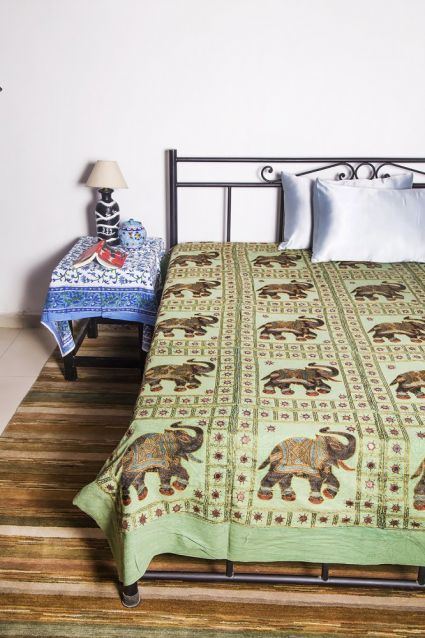 GREEN COTTON ELEPHANT PATCH INDIAN BEDSPREADS-BC14