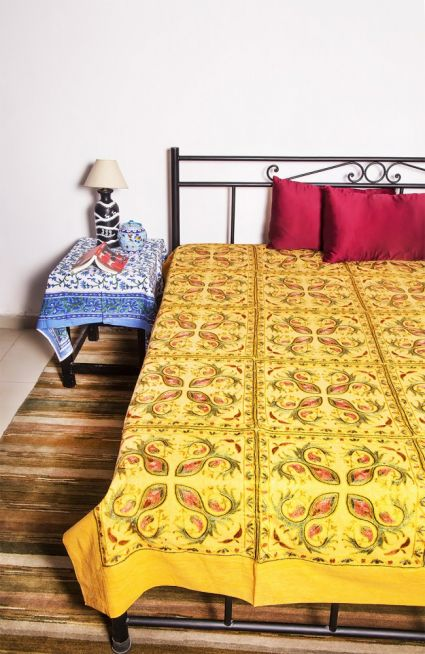 BEAUTY YELLOW COTTON EMBROIDERED BEDSPREAD-BC03