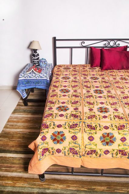 COTTON EMBROIDERED KING BEDSPREADS-BC06
