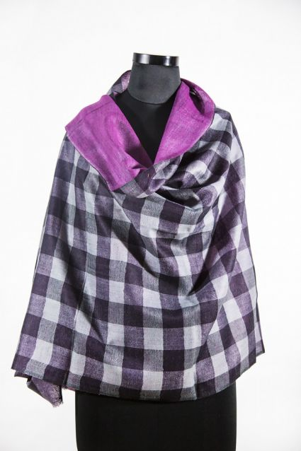 VIOLET SCREAM REVERSIBLE CHECKS 100 WOOL SCARF FROM INDIA