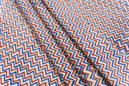 RED AND BLUE CHEVRON BLOCK PRINTED COTTON FABRIC-HF5045