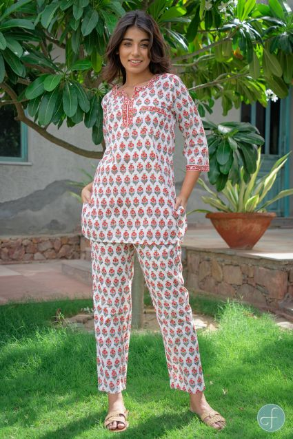 WHITE RED FLORAL BLOCK PRINTED NIGHT SUIT-NS106
