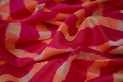 ROSE RED SHIBORI BLOCK PRINT HANDLOOM MULBERRY SILK FABRIC-HF3540