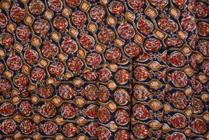 BROWN FLORAL PRINT FINE RAYON FABRIC-NVRF48