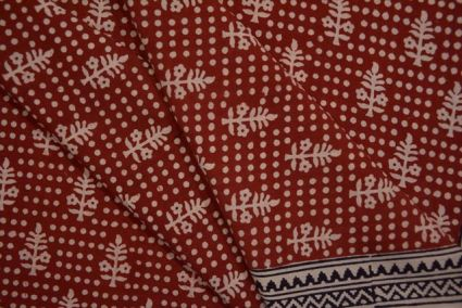 RED OCHRE & WHITE BAGH BLOCK PRINTED COTTON FABRIC-HF4022