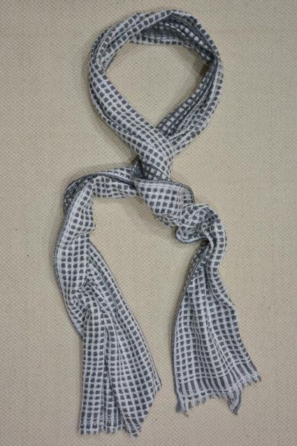 GREY AND WHITE CHECKS DESIGN CASHMERE WOOL STOLE-C42