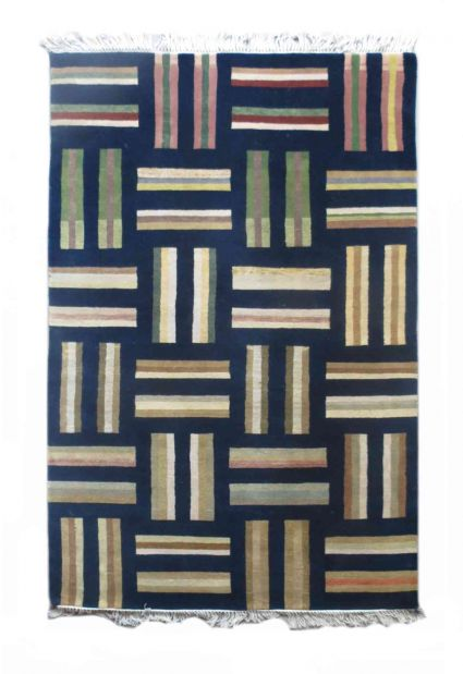 MODERN DESIGN HAND KNOTTED WOOL RUG FROM INDIA SUPPLIER