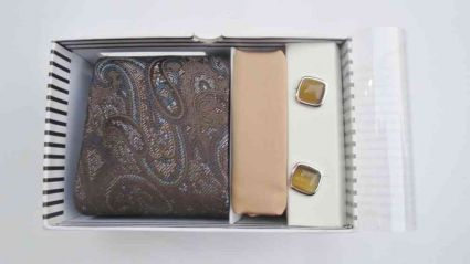 PAISLEY DESIGN BROWN TIE & CUFFLINKS SET FROM INDIA
