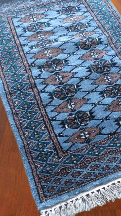 RUSTIC BLUE HAND KNOTTED WOOL RUG FROM INDIA